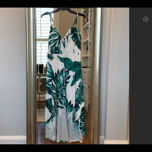 Vick high low palm dress NWOT small